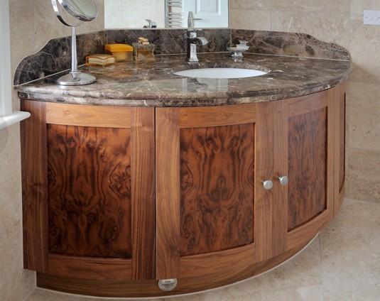 Arredo bagno in legno su misura arredo milano classico for Arredo bagno in legno