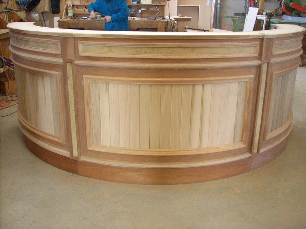 Bancone In Legno Per Negozio : Banconi bar