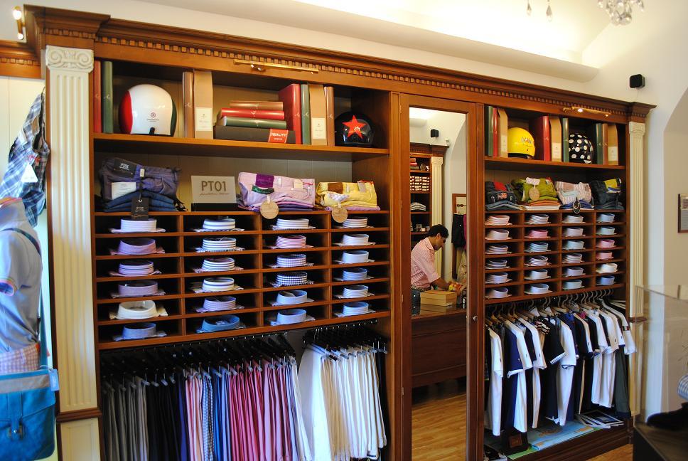 Arredo rimini consulenze professionali per arredare bar for Arredo negozi rimini